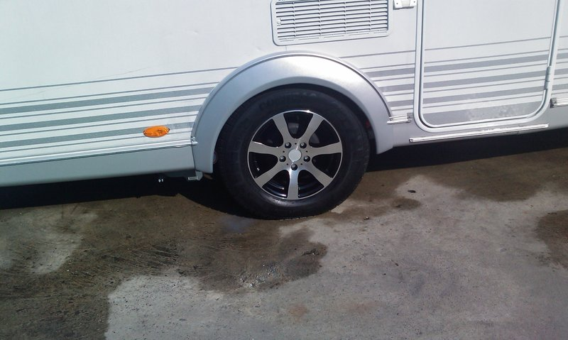 6jx14 4 Gats Aluminium Caravan Velg Model Oj 14 4 Black Silver 1000kg Aluminiumvelg Trailer